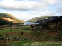 Picture of Stone Walls and Lakes in Snowdonia