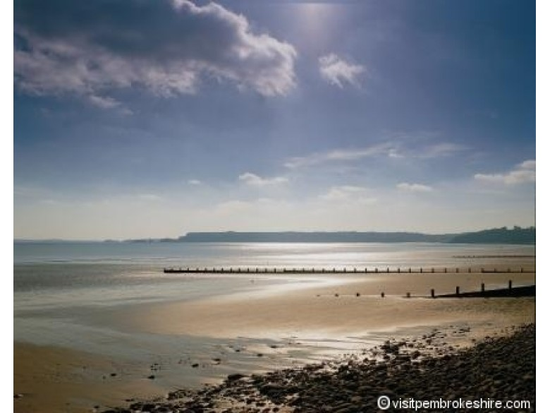 Enlarged picture of Amroth Beach