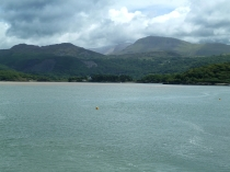 Picture of Cadair Idris and the Mawddach River