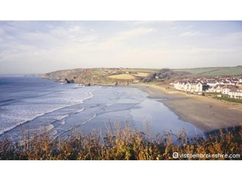 Enlarged picture of Broad Haven Beach