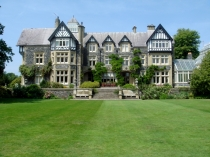 Picture of Bodnant Hall