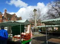 Picture of Nantwich War Memorial and Town Square