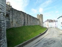 Picture of Caernarfon Town Walls