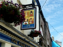 Picture of Four Alls Pub Caernarfon