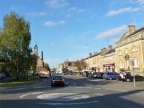Picture of High Street Moreton in Marsh