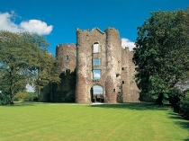 Picture of Laugharne Castle