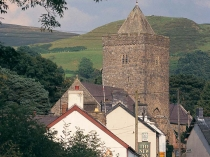 Picture of Parish Church and village of Llanddewi Brefi