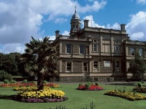 Picture of Llanelli Town Hall
