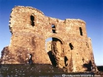 Picture of Llawhaden Castle