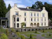 Picture of Aberglasney Mansion House