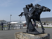 Picture of Statue at Ffos Las Racecourse Trimsaran