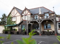 Picture of Pub / Restaurant on the A40