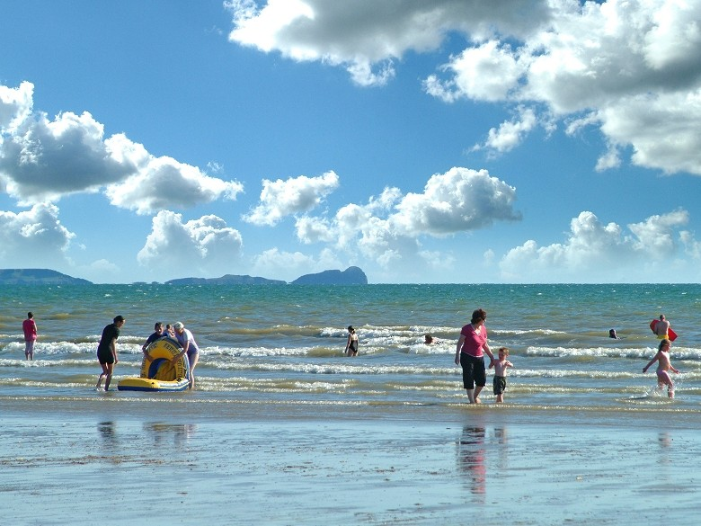 Picture Of Beach At Pembrey