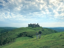 Picture of Carreg Cennen Castle and the Beacon's Way