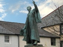 Picture of Statue of Thomas Edward Ellis MP