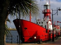 Picture of Lightship2000